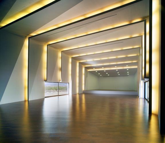 Auditorio y Casa de la Música en Algueña