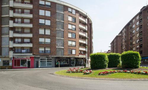 Avenida de Cantabria 1, Nueva Ciudad, en Torrelavega