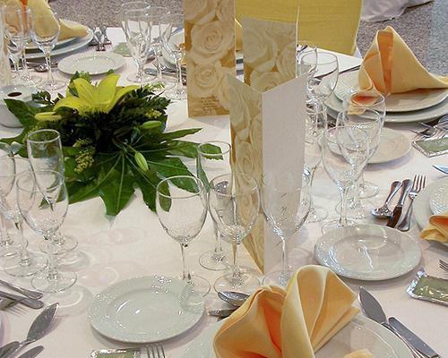 Mesa con centro floral
