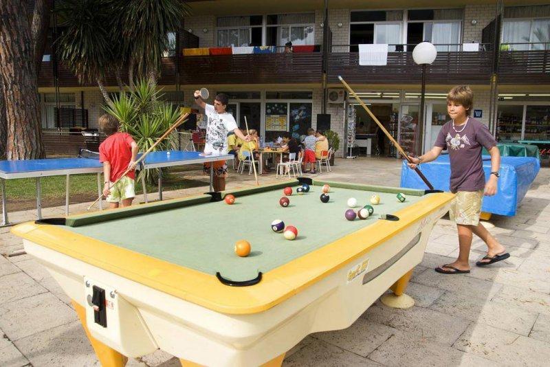 Acio y diversión en el Aparthotel Comtat Sant Jordi