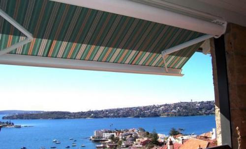 Proteccion Solar Exterior.Toldos Cofre Accionamiento Manual y Automatico Estortoldos