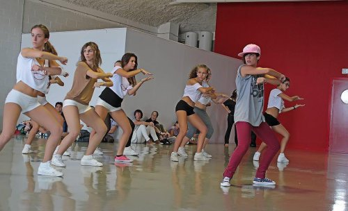 Sonia de Fama a bailar nuestra profesora dando clases de HIP-HOP