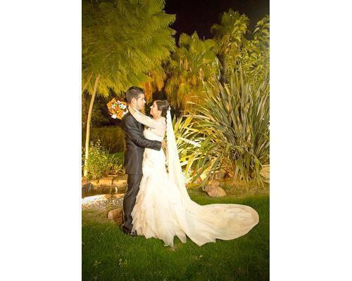 Captan todos los momentos especiales de  su boda
