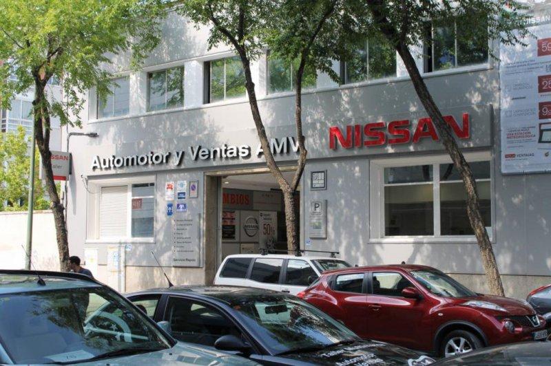 fachada nissan