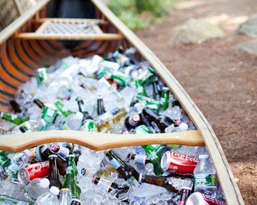Barca con bebidas