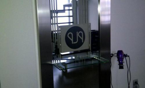 Espejo peluqueria con balda empotrada de vidrio, Teruel