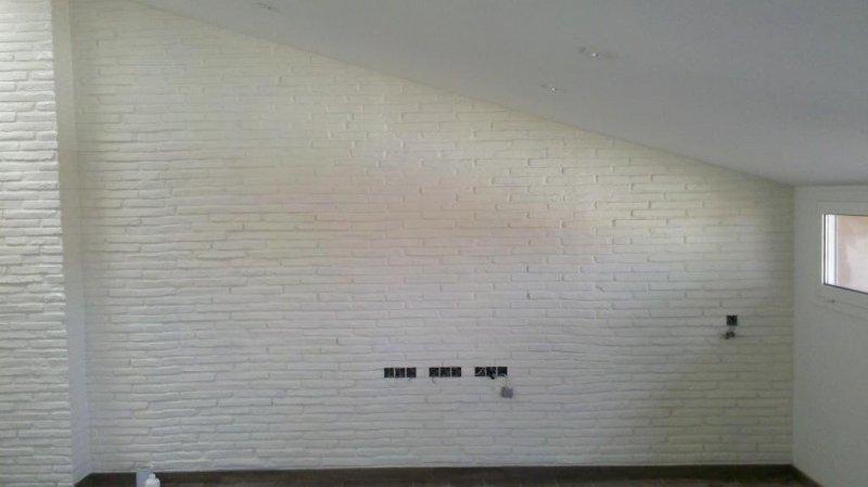 pared ladrillo rustico