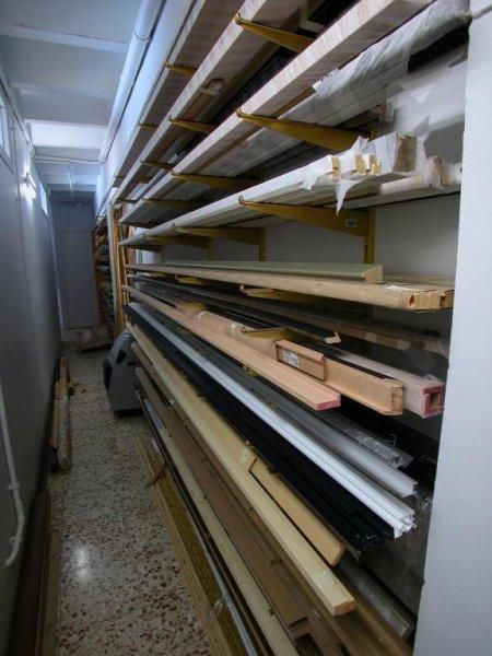 Almacén de molduras (control de humedad y temperatura) de a45º Taller de marcs