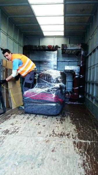 servicios profesionales,  cuidaremos sus vienes con materiales y el cuidado que se merecen
