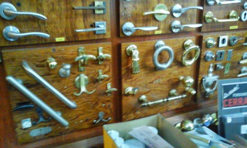 Carpintería Metálica Hugo Clausell