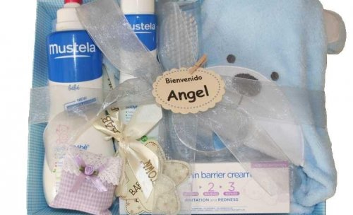 Cestas Canastillas y regalos personalizables para bebes y recién nacidos