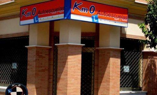 Autoescuelas Km 0 Calle Casa de Bernarda Alba 1
