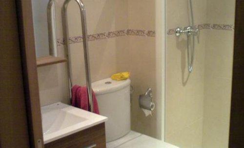Baño adaptado a minusvalidos