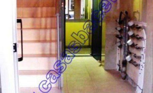 instalación de ascensor con reforma de escalera sin hueco para comunidad de propietarios