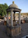 Pozo de piedra con cupula