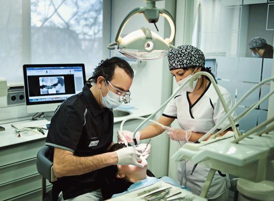 Implantología en clínica Segarra Vidal