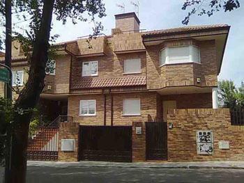 30 Viviendas adosadas en Las Rozas.