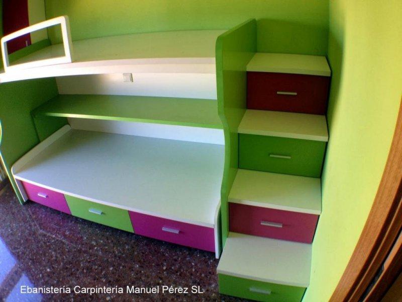 Dormitorio juvenil a medida en dos colores ebanisteria carpinteria manuel perez zaragoza