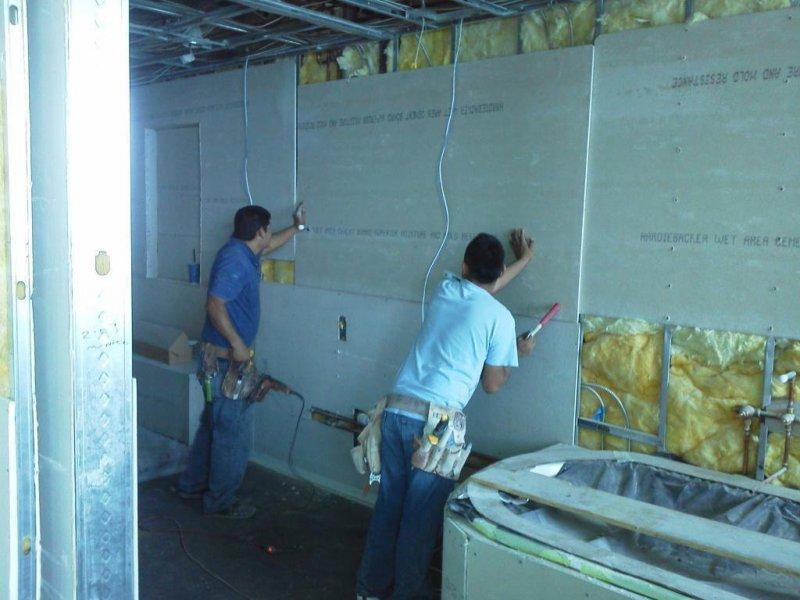 instalación de placas endurecidas para zonas humedas, tipo de construcción con pladur