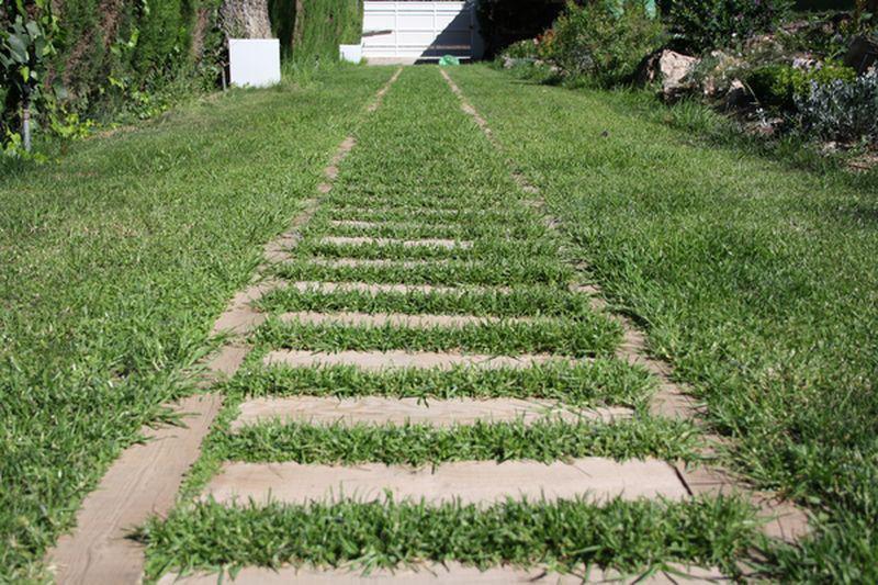 Instalación de traviesas de tren para jardín