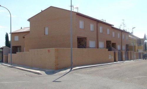 Promocion 5 viviendas adosadas en Illescas (Toledo)