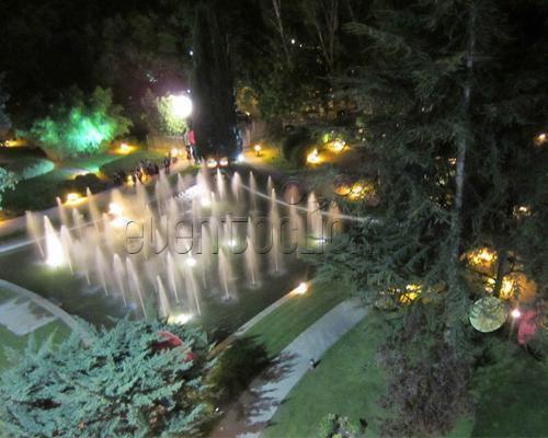 Bellos jardines con espectaculares fuentes