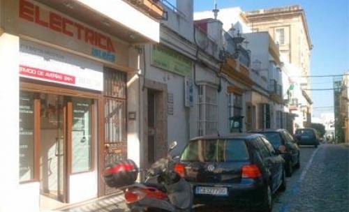 Eléctrica Isleña, Isaac peral 16, San Fernando, Cádiz, España