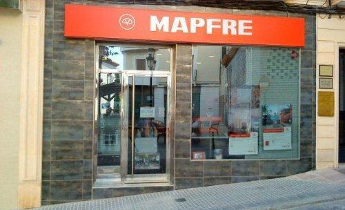 ENTRADA A LA OFICINA DE MAPFRE LA RAMBLA
