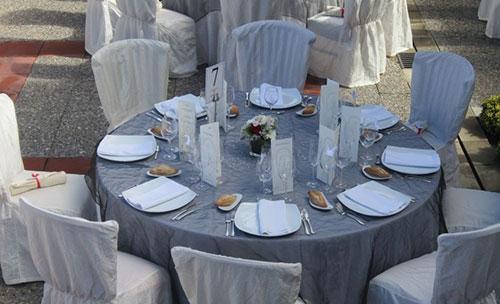 Montaje de banquete