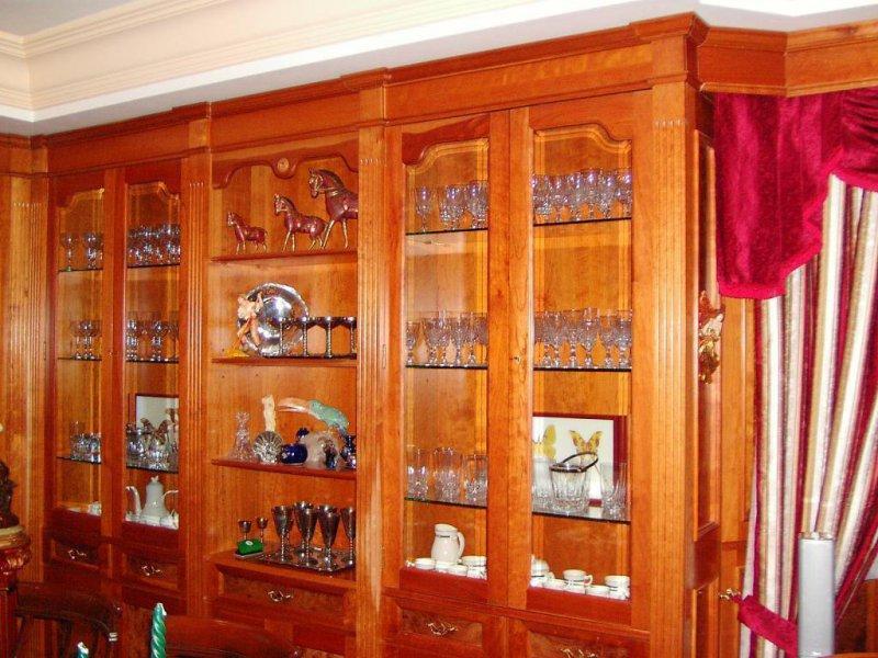 Salón Amueblado (boiserie de Cerezo Americano y Raíz)