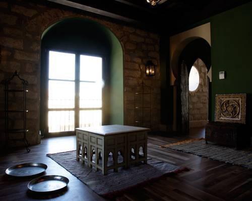 Un cálido rincón de sugerente ambiente en el hotel palacio de mengibar