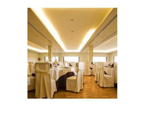 El blanco duplica la luminosidad de las salas