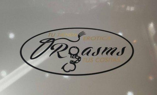 Logo tienda erótica Orgasms y Tus Cositas