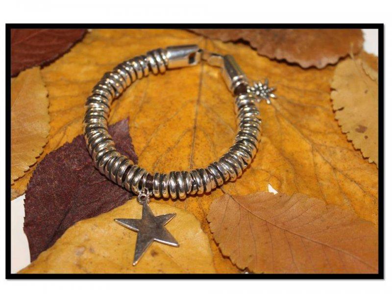 Pulsera de cuero anillas-estrella