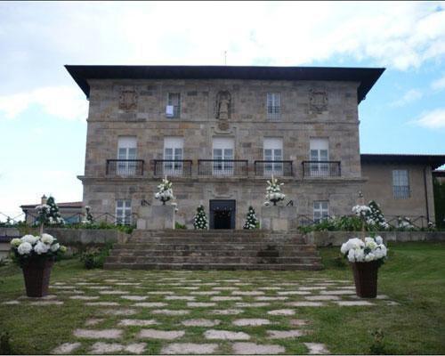 Palacio decorado para boda