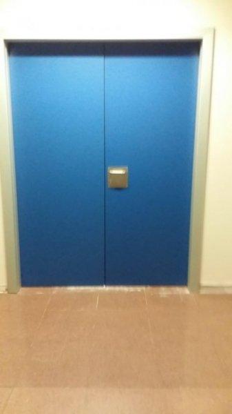 Puertas de fenólico Hospital Sierrallana