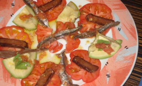Ensalada de Raff y salazones