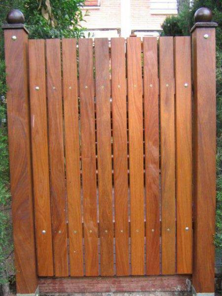 puerta jardin Ipe