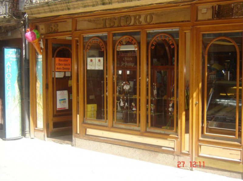 PASTELERIA  ISIDRO  ANTES