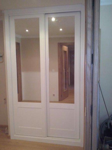 Armario 2 puertas correderas Lacado en blanco
