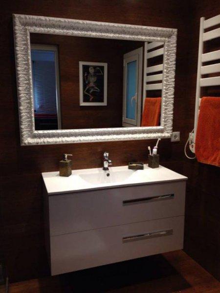 mueble de baño dos cajones con pica centrada