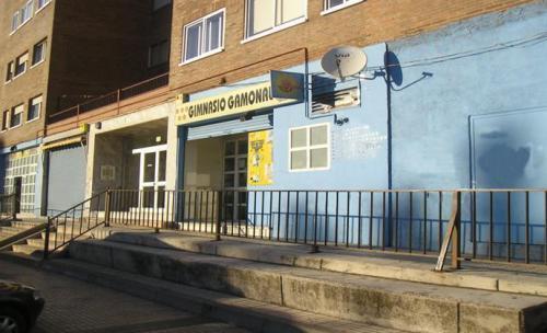 visitanos c/pedro alfaro 11 947487869
