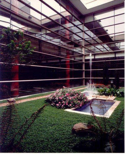 Funeraria Bizkaia - Jardines interiores