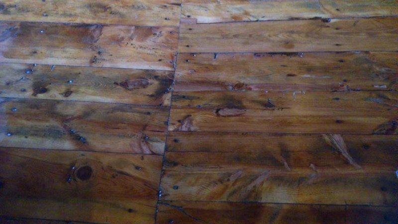 pavimento  de madera de 200 años