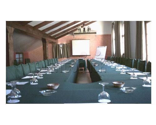 Salones de reuniones acondicionados para eventos