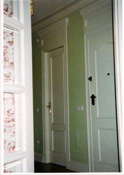 Esmaltado de puertas a brocha