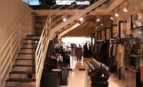 Reforma de local comercial para la prestigiosa firma de ropa Alta Moda en Puerto Banus