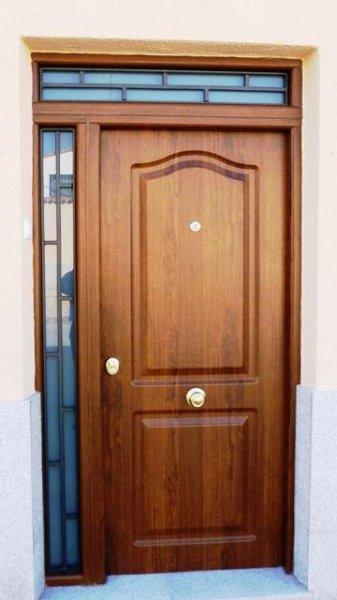 THT puerta con lateral y montante