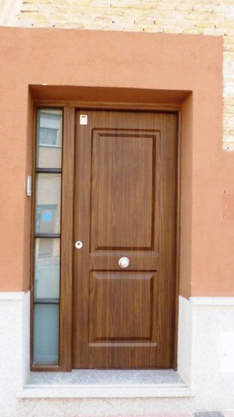 THT puerta con lateral