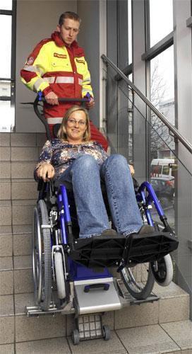 Monta escaleras para Sillas de Ruedas, equipamiento Servicios Sanitarios y Profesionales.